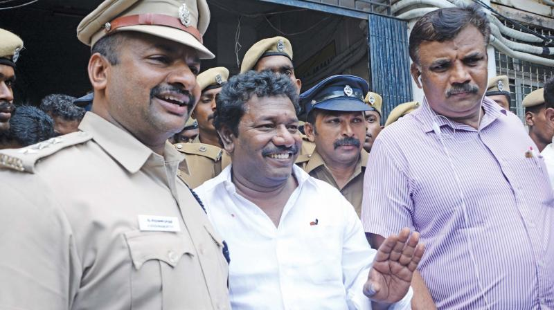 Karunas arrest aimed at crushing Dinakaran group