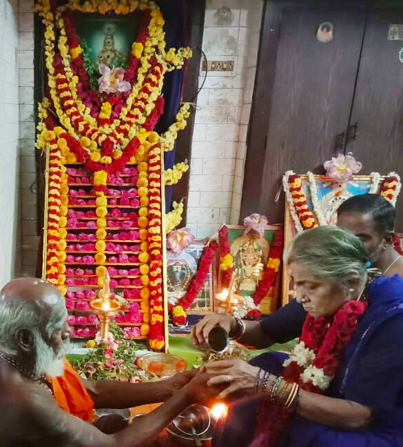 Sisters not welcome, says granny who has made 40 Sabarimala pilgrimages