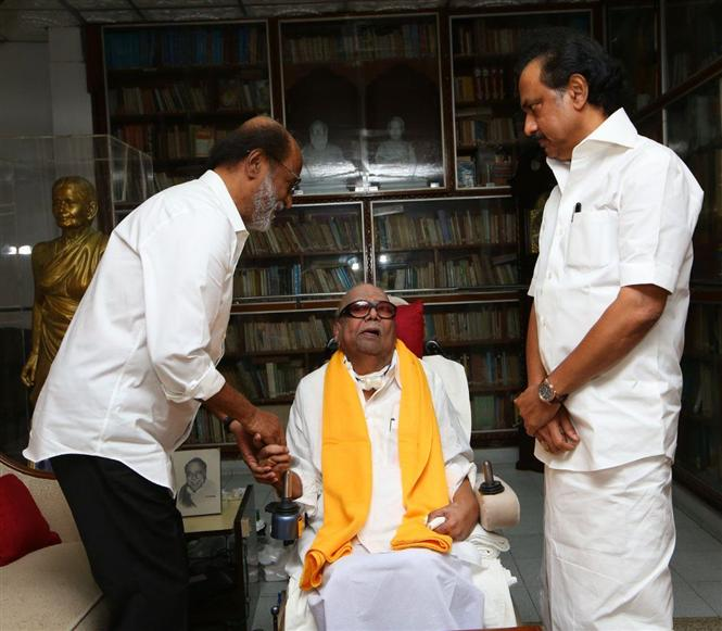 Rajni has first taste of political medicine: Spat with Murasoli sours ties with DMK
