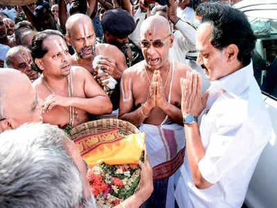With Sekar Babu, rationalist DMK turns temple lover to ward off BJP